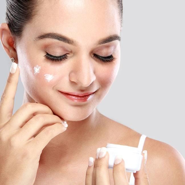 Tips för att motverka åldrande hud omkring ögonen