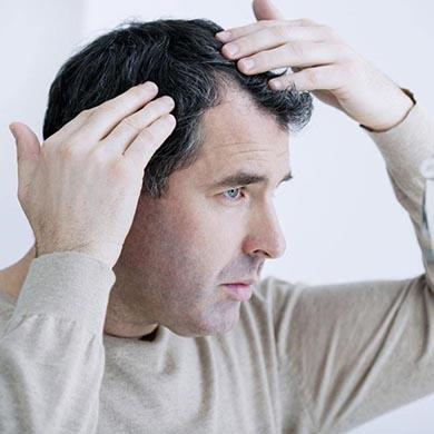 Motverka grått hår: Varför blir man gråhårig?