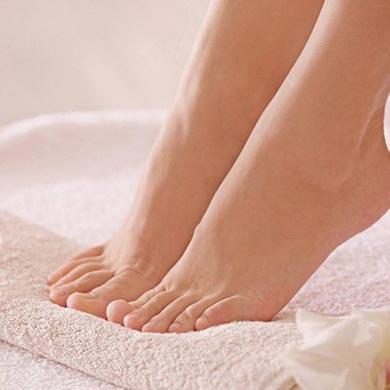 Hur man upptäcker och behandlar nagelsvamp