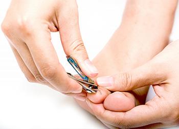 undvik nagelsvamp med nagelvård